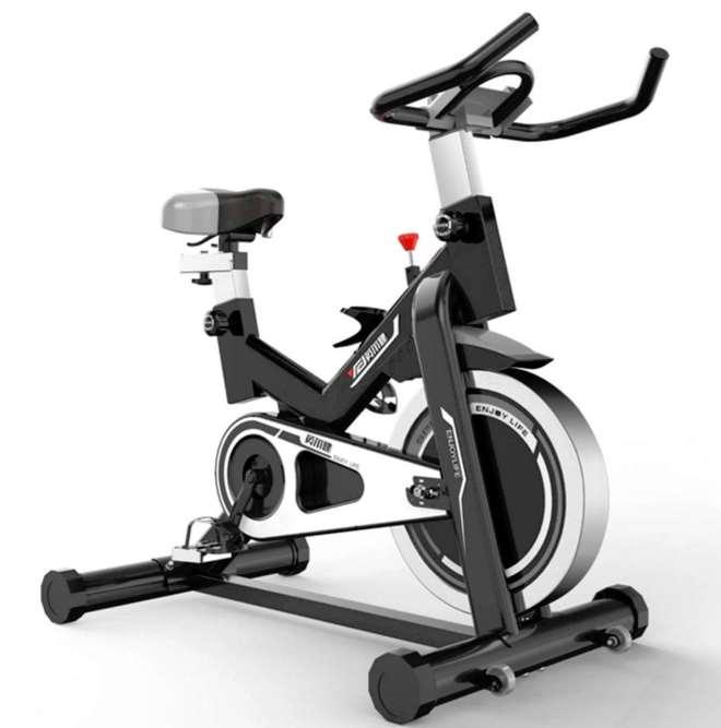 【口コミ】DoubleZhouスピンバイクで大腿四頭筋群とヒラメ筋の筋肥大に成功